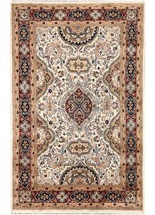 Ivory Isfahan 4' x 6' 3 - No. 65253